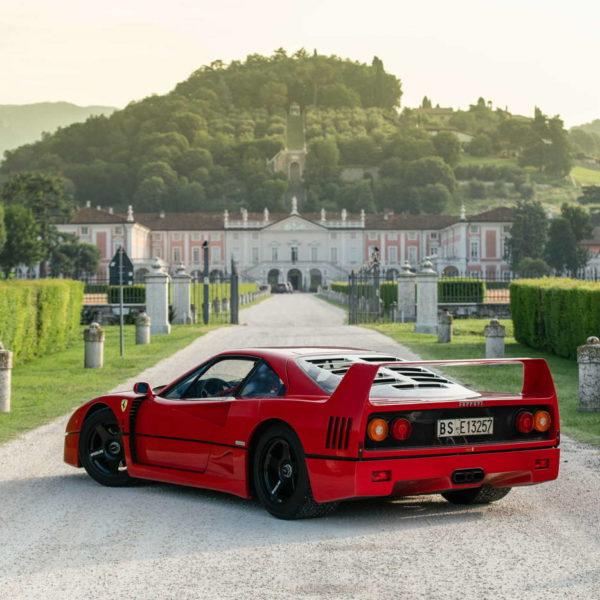 Italian Dream - historia pewnego Ferrari F40 10