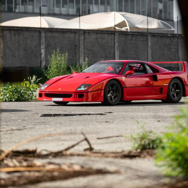 Italian Dream - historia pewnego Ferrari F40 7
