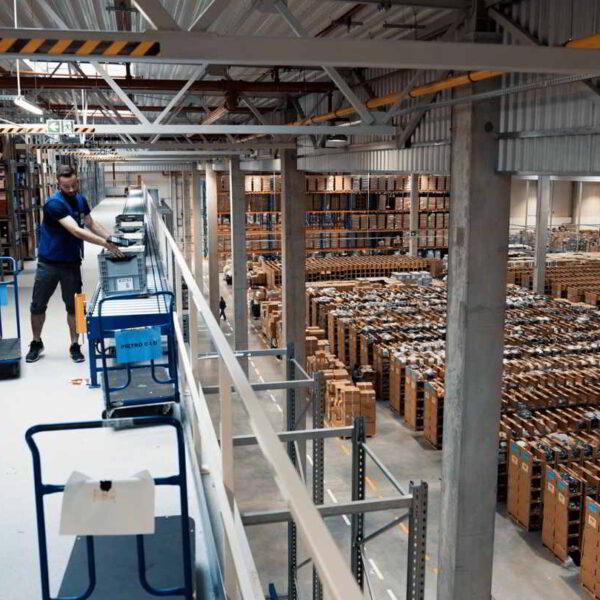 Centrum Dystrybucyjne Answear.com - film wizerunkowy 3
