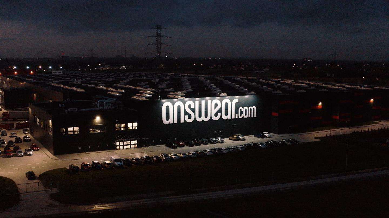 Centrum Dystrybucyjne Answear.com - film wizerunkowy 1